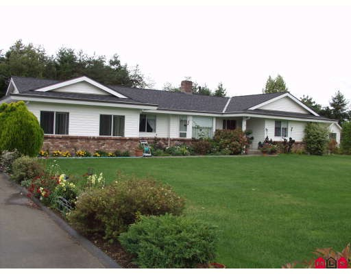 "Main Photo: 5943 252ND Street in Langley: Salmon River House for sale in ""STRAWBERRY HILLS"" : MLS® # F2833173"