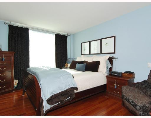 "Photo 7: 805 590 NICOLA Street in Vancouver: Coal Harbour Condo for sale in ""CASCINA"" (Vancouver West)  : MLS® # V758875"