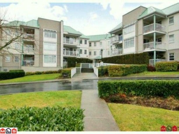 Main Photo: 103 9765 140TH Street in Surrey: Whalley Condo for sale (North Surrey)  : MLS® # F1006387