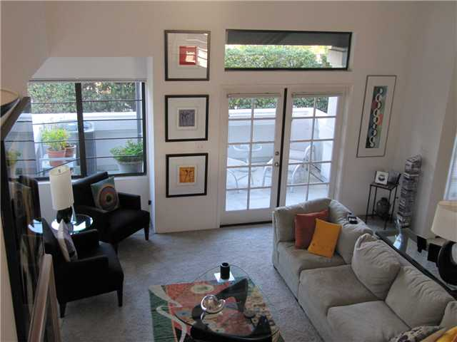 Main Photo: UNIVERSITY CITY Home for sale or rent : 2 bedrooms : 8262 Avenida Navidad #2 in San Diego