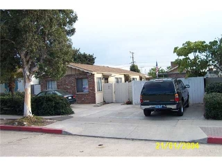 Main Photo: PACIFIC BEACH Home for sale or rent : 1 bedrooms : 871 Emerald in San Diego