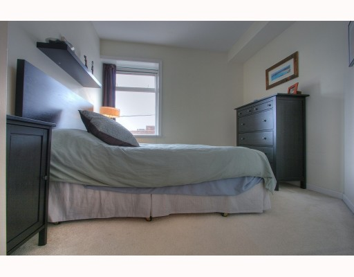 "Photo 6: 404 2588 ALDER Street in Vancouver: Fairview VW Condo for sale in ""Bollert Place"" (Vancouver West)  : MLS® # V781222"