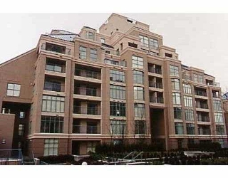 Main Photo: 202 2468 E BROADWAY BB in Vancouver: Renfrew VE Condo for sale (Vancouver East)  : MLS®# V562888