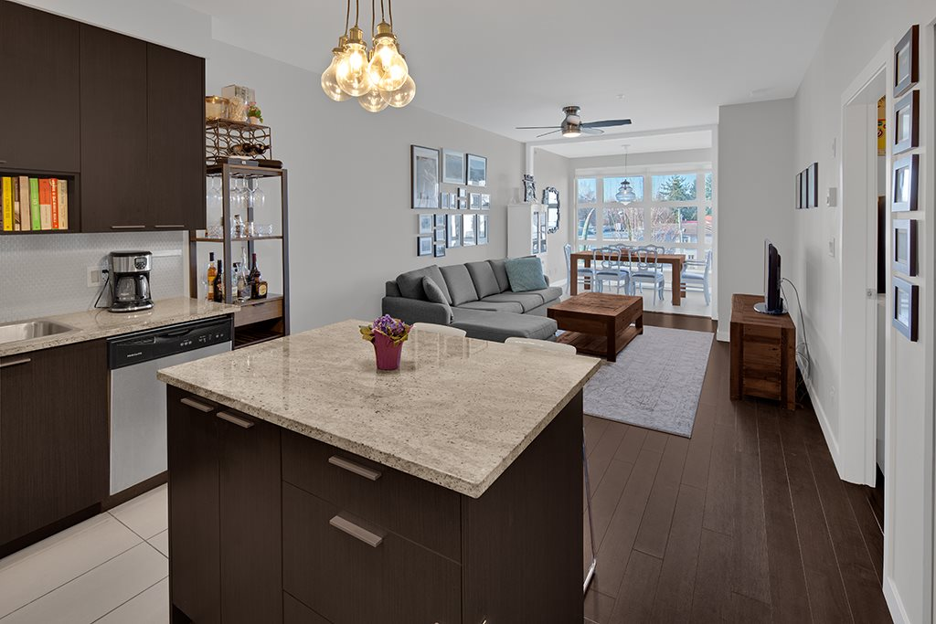 FEATURED LISTING: 305 707 20TH Avenue East Vancouver