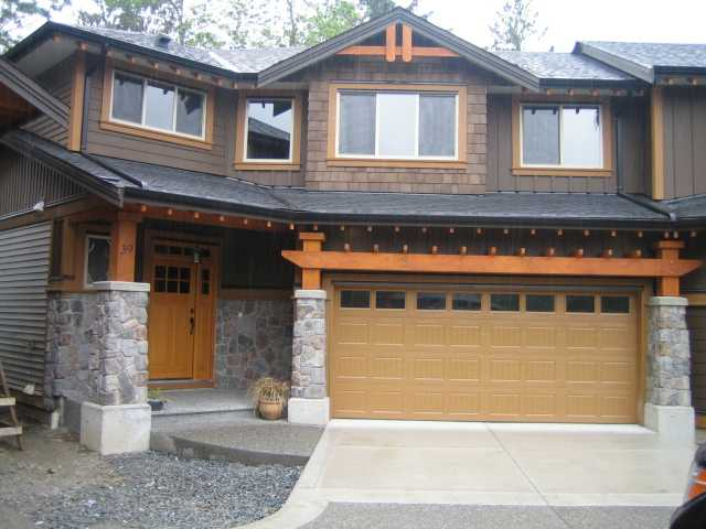 "Main Photo: 82 24185 106B Avenue in Maple Ridge: Albion House 1/2 Duplex for sale in ""TRAILS EDGE"" : MLS® # V817468"