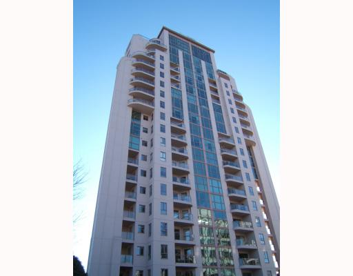 "Main Photo: 403 612 5TH Avenue in New_Westminster: Uptown NW Condo for sale in ""THE FIFTH AVENUE"" (New Westminster)  : MLS(r) # V749290"