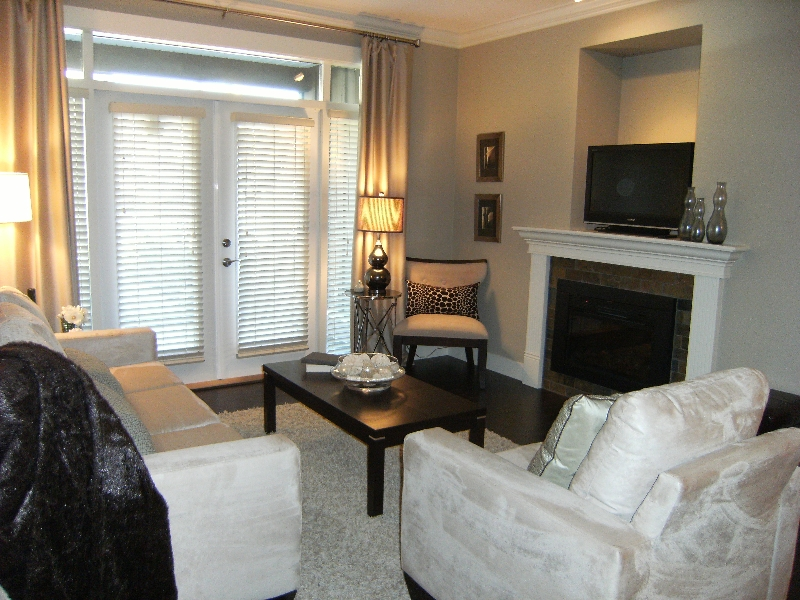 "Photo 3: 110 15368 17A Avenue in Surrey: King George Corridor Condo for sale in ""OCEAN WYNDE"" (South Surrey White Rock)  : MLS® # F2903703"