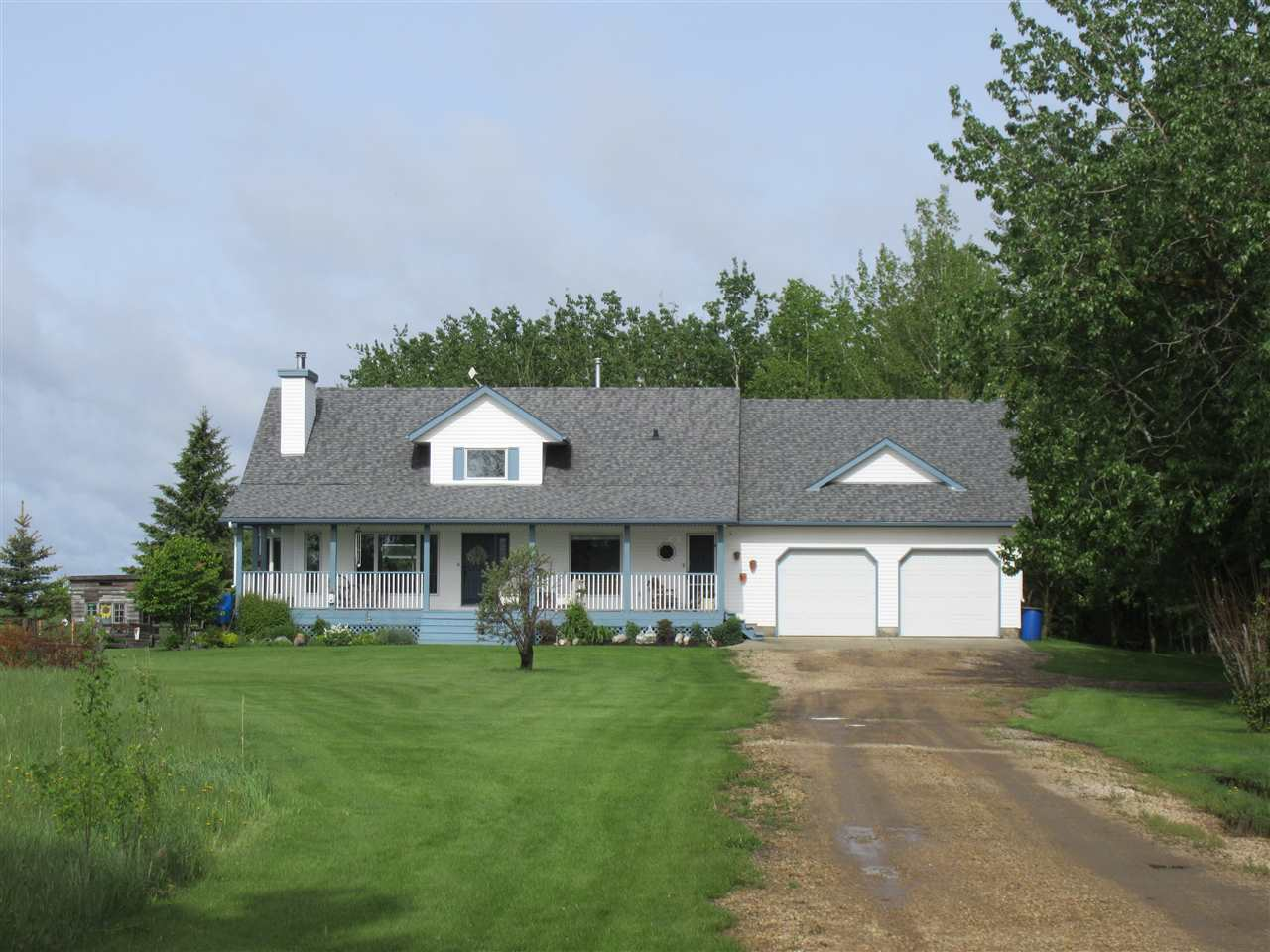 FEATURED LISTING: 56322 RR 260 Rural Sturgeon County