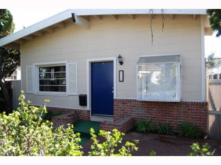 Main Photo: MISSION BEACH House for sale : 2 bedrooms : 819 Dover in San Diego