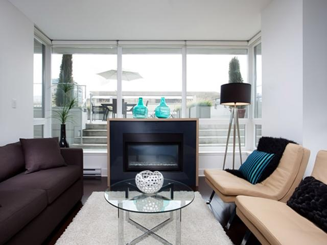 "Photo 3: 307 1675 W 8TH Avenue in Vancouver: Fairview VW Condo for sale in ""CAMERA"" (Vancouver West)  : MLS® # V842603"