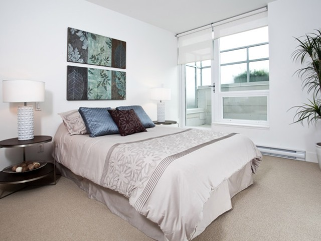 "Photo 6: 307 1675 W 8TH Avenue in Vancouver: Fairview VW Condo for sale in ""CAMERA"" (Vancouver West)  : MLS® # V842603"