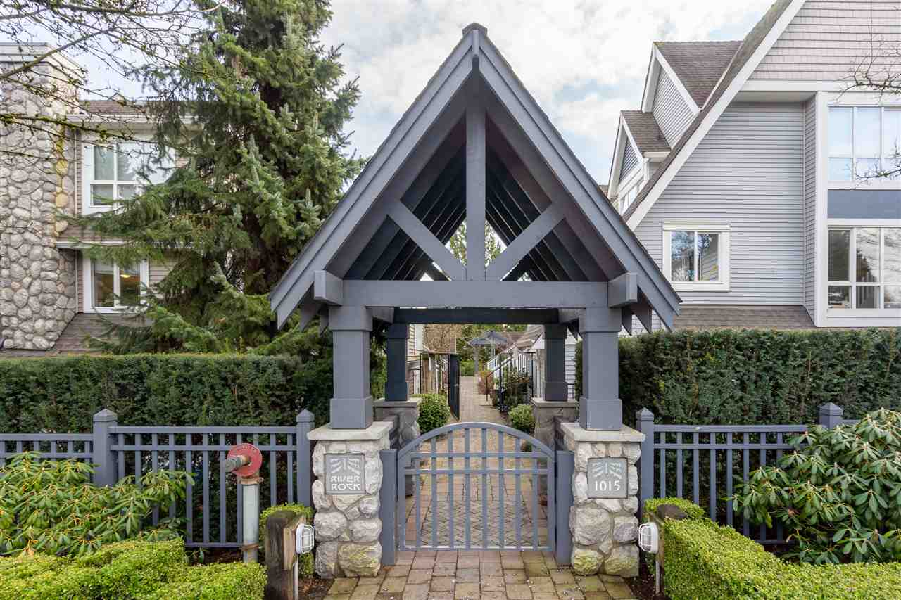 FEATURED LISTING: 6 - 1015 LYNN VALLEY Road North Vancouver