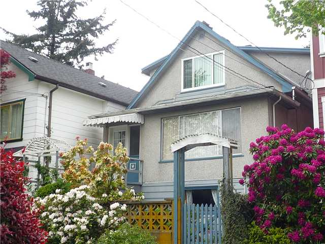 Main Photo: 4141 JOHN Street in Vancouver: Main House for sale (Vancouver East)  : MLS® # V826396