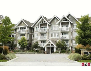 "Main Photo: 217 20750 DUNCAN Way in Langley: Langley City Condo for sale in ""FAIRFIELD LANE"" : MLS® # F2918218"