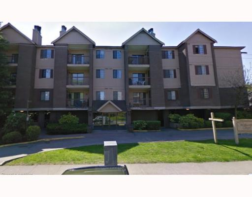 "Main Photo: 141 8500 ACKROYD Road in Richmond: Brighouse Condo for sale in ""WEST HAMPTON COURT"" : MLS® # V803483"