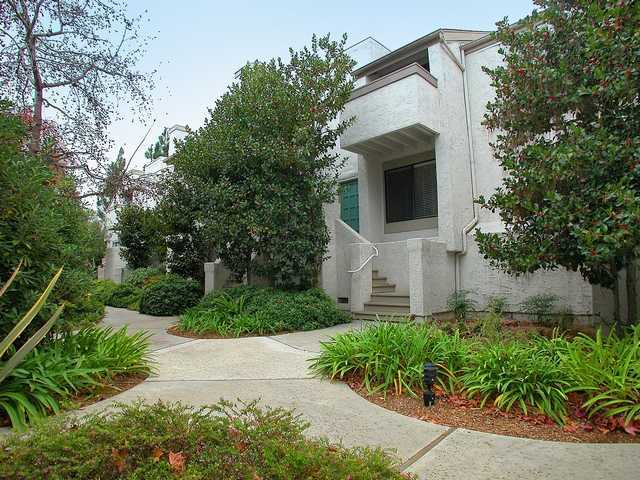 Main Photo: LA JOLLA Condo for sale : 2 bedrooms : 8444 VIA SONOMA #86