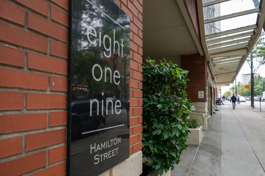 FEATURED LISTING: 305 - 819 HAMILTON Street Vancouver