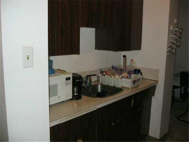 Photo 6: 411 CUMBERLAND Avenue in WINNIPEG: Central Winnipeg Condominium for sale : MLS® # 2618837