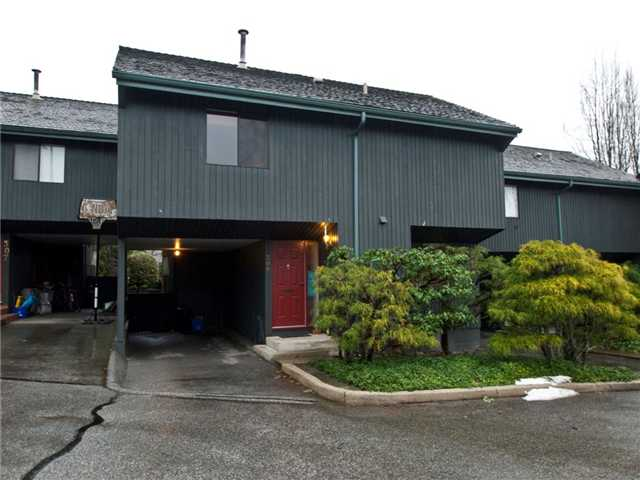 "Main Photo: 306 4001 MT SEYMOUR Parkway in North Vancouver: Dollarton Townhouse for sale in ""THE MAPLES"" : MLS® # V860063"