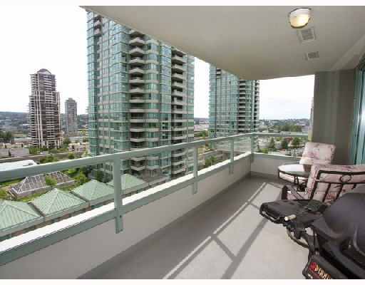 "Photo 9: # 802 -  4380 Halifax Street in Burnaby: Brentwood Park Condo for sale in ""BUCHANAN NORTH"" (Burnaby North)  : MLS® # V729671"
