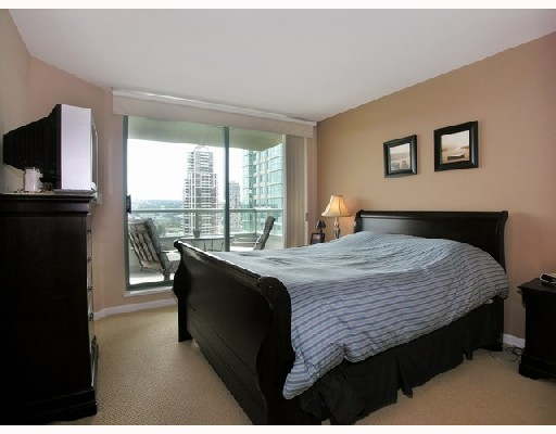 "Photo 7: # 802 -  4380 Halifax Street in Burnaby: Brentwood Park Condo for sale in ""BUCHANAN NORTH"" (Burnaby North)  : MLS® # V729671"