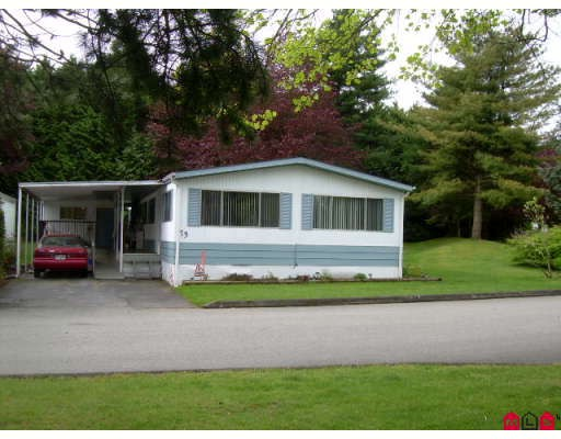 "Main Photo: 73 7850 KING GEORGE Highway in Surrey: Bear Creek Green Timbers Manufactured Home for sale in ""BEAR CREEK GLEN"" : MLS®# F2909974"