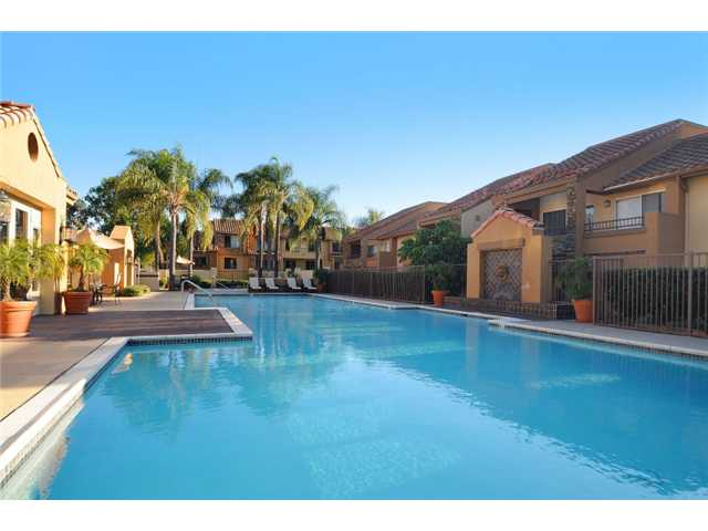 Photo 9: RANCHO BERNARDO Home for sale or rent : 2 bedrooms : 15263 MATURIN #1 in San Diego