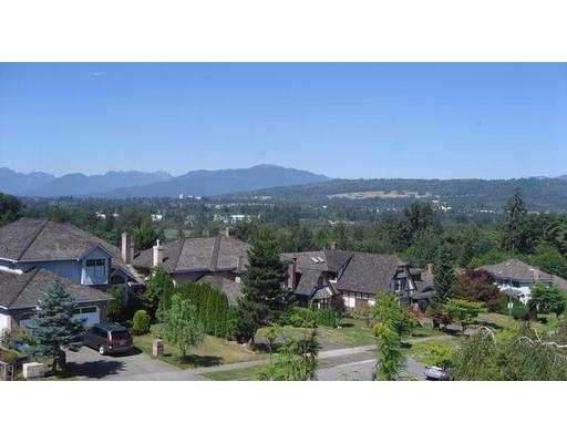 "Photo 6: 8050 REIGATE Road in Burnaby: Burnaby Lake House for sale in ""LAKEFIELD"" (Burnaby South)  : MLS(r) # V760809"