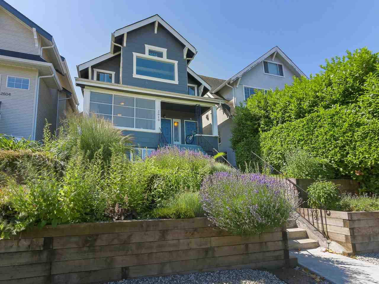 FEATURED LISTING: 2610 10TH Avenue West Vancouver