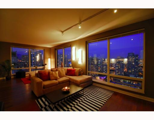 "Main Photo: 2403 1055 HOMER Street in Vancouver: Downtown VW Condo for sale in ""DOMUS"" (Vancouver West)  : MLS®# V784826"
