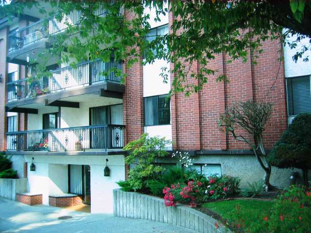 "Main Photo: 212 707 HAMILTON Street in New Westminster: Uptown NW Condo for sale in ""CASA DIANN"" : MLS® # V792071"