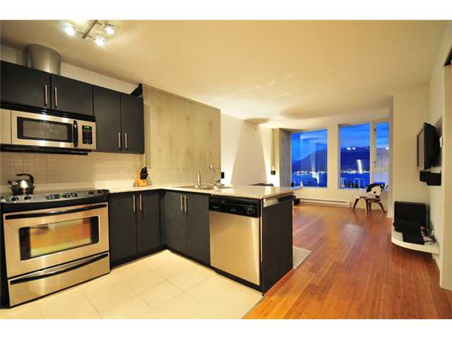Main Photo: 2305 550 TAYLOR Street in Vancouver: Downtown VW Condo for sale (Vancouver West)  : MLS(r) # V840499