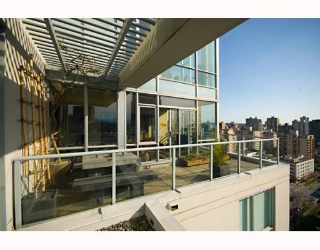 Main Photo: 2206 1420 W GEORGIA Street in Vancouver: West End VW Condo for sale (Vancouver West)  : MLS® # V755389