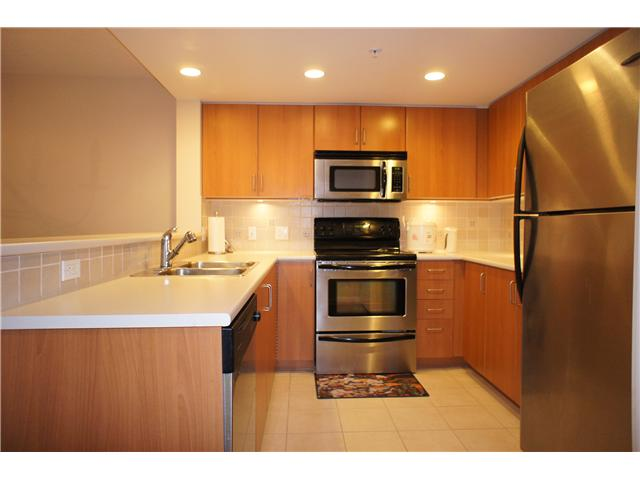 "Main Photo: 607 295 GUILDFORD Way in Port Moody: North Shore Pt Moody Condo for sale in ""THE BENTLEY"" : MLS® # V868346"