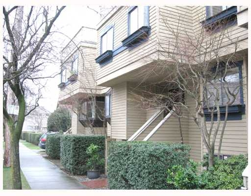 Main Photo: 5 1263 W 8TH Avenue in Vancouver: Fairview VW Townhouse for sale (Vancouver West)  : MLS(r) # V773393