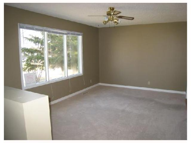 Photo 2: 91 PAULLEY Drive in WINNIPEG: Transcona Residential for sale (North East Winnipeg)  : MLS® # 2806461