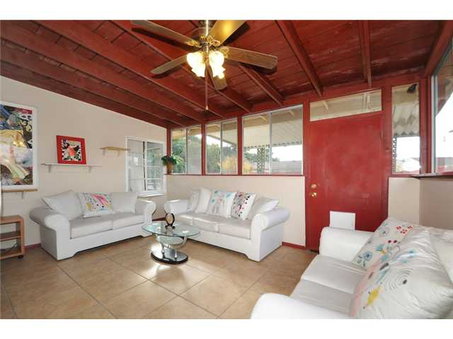 Photo 10: COLLEGE GROVE House for sale : 2 bedrooms : 4150 Rolando in San Diego