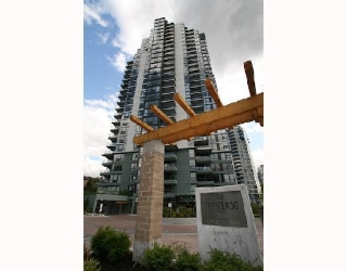 "Main Photo: 906 288 UNGLESS Way in Port_Moody: North Shore Pt Moody Condo for sale in ""THE CRESCENDO"" (Port Moody)  : MLS®# V747310"