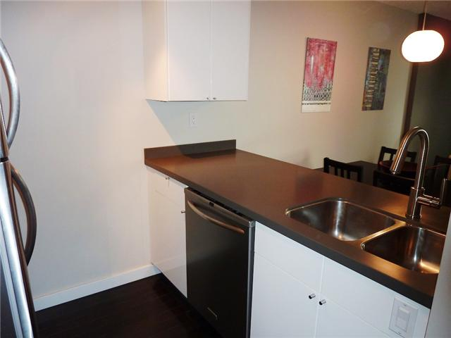 "Photo 5: 604 1040 PACIFIC Street in Vancouver: West End VW Condo for sale in ""CHELSEA TERRACE"" (Vancouver West)  : MLS® # V820153"