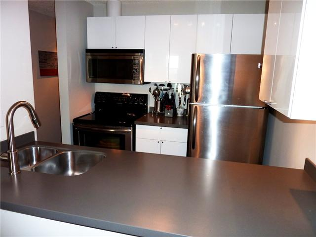 "Photo 3: 604 1040 PACIFIC Street in Vancouver: West End VW Condo for sale in ""CHELSEA TERRACE"" (Vancouver West)  : MLS® # V820153"