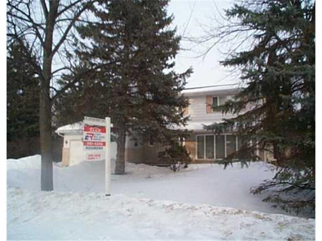 Main Photo: 4 VASSAR Road in WINNIPEG: Fort Garry / Whyte Ridge / St Norbert Residential for sale (South Winnipeg)  : MLS(r) # 2402304