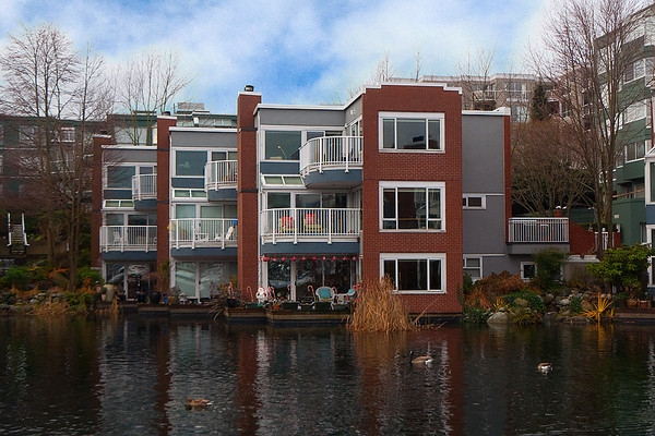 Main Photo: 1591 MARINER Walk in Vancouver: False Creek Townhouse for sale (Vancouver West)  : MLS(r) # V868447
