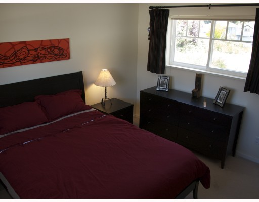 "Photo 3: 14 1821 WILLOW in Squamish: Garibaldi Estates Townhouse for sale in ""WILLOW VILLAGE"" : MLS® # V720857"