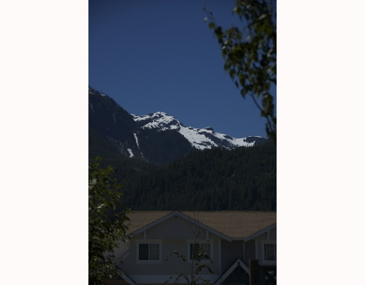 "Photo 9: 14 1821 WILLOW in Squamish: Garibaldi Estates Townhouse for sale in ""WILLOW VILLAGE"" : MLS® # V720857"