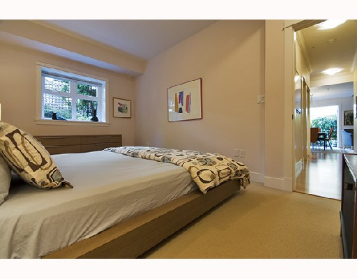 Photo 9: 357 W 11TH Avenue in Vancouver: Mount Pleasant VW Townhouse for sale (Vancouver West)  : MLS® # V726555