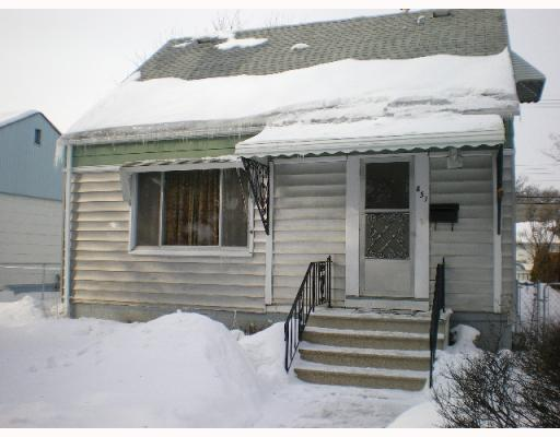 Main Photo: 851 W EBBY Avenue in WINNIPEG: Fort Rouge / Crescentwood / Riverview Residential for sale (South Winnipeg)  : MLS(r) # 2901739