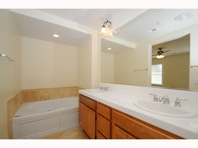 Photo 6: MISSION VALLEY Home for sale or rent : 3 bedrooms : 2752 Piantino in San Diego