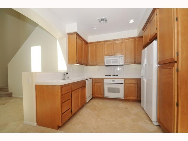 Photo 4: MISSION VALLEY Home for sale or rent : 3 bedrooms : 2752 Piantino in San Diego