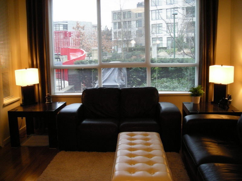 Photo 2: 106 3651 FOSTER Avenue in Vancouver: Collingwood VE Condo for sale (Vancouver East)  : MLS(r) # V864032