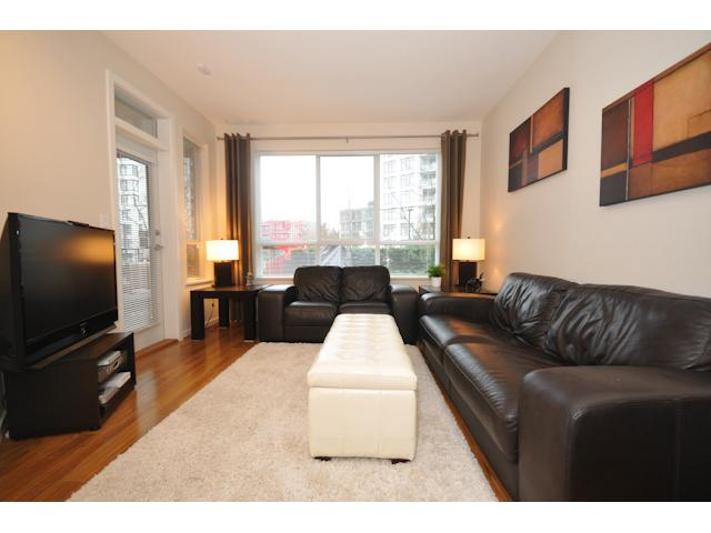 Photo 11: 106 3651 FOSTER Avenue in Vancouver: Collingwood VE Condo for sale (Vancouver East)  : MLS(r) # V864032